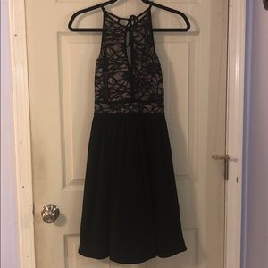 Dresses & Skirts - High neck lace bodice cocktail dress